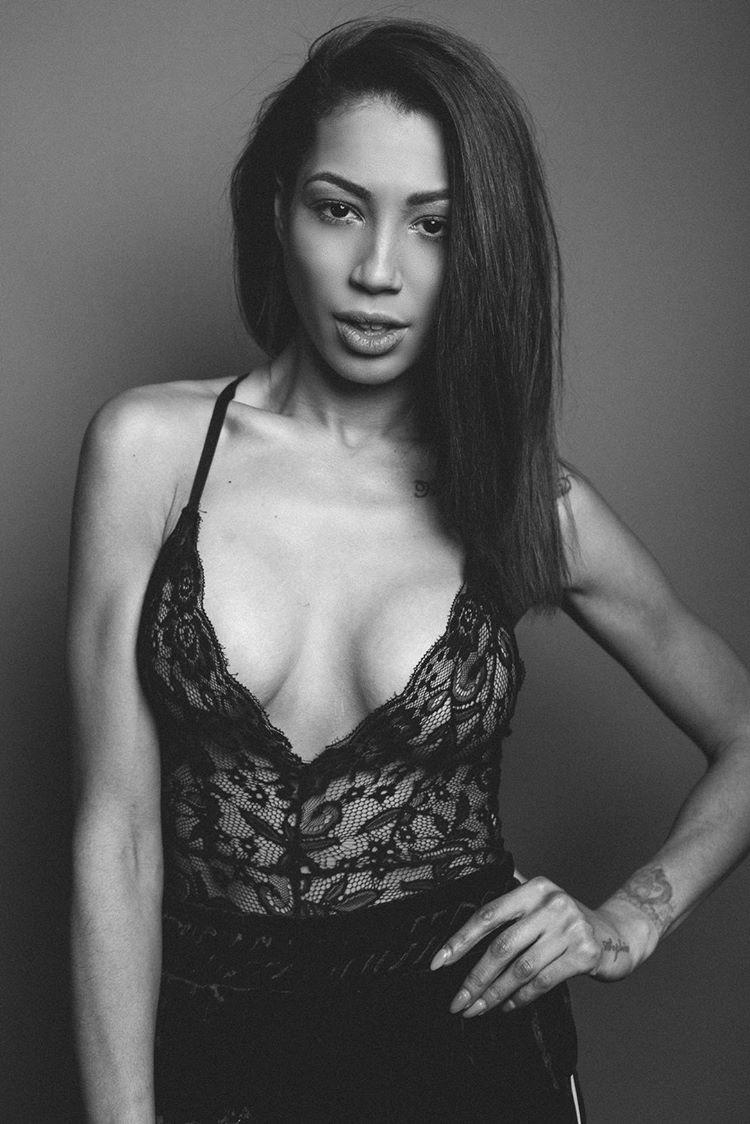 Carla Jade